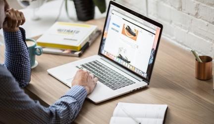 Comment Créer un Blog Rentable et en Vivre ? [Méthode Complète]